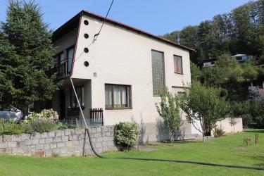 Prodej rodinného domu 1316 m², Salaš