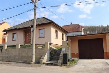 Prodej rodinného domu 86 m², pozemek 419 m² Veletiny